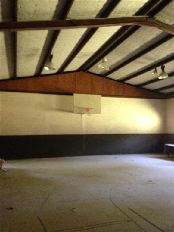 Basketball gym (posted by Realtor.com)