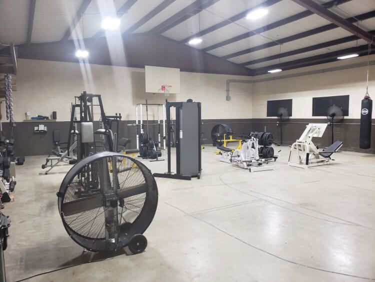 Weight room in basketball gym (posted by Titanium Gear)